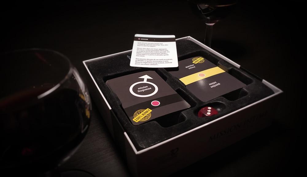 """Notre test de l'édition kinky de """"Mission Intime"""", le jeu BDSM soft"""